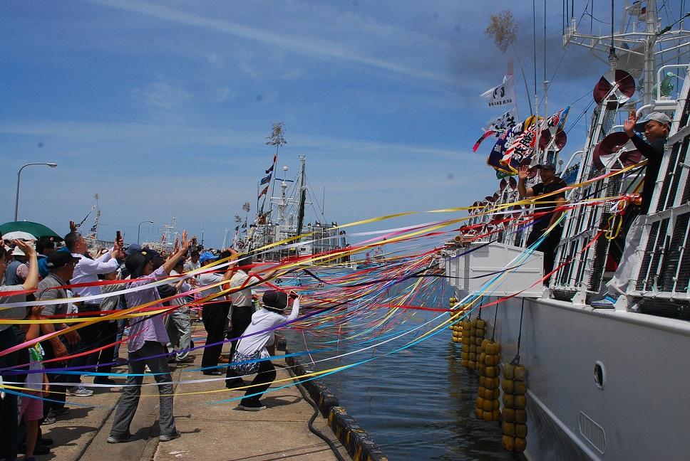 いか釣り船団出航式2